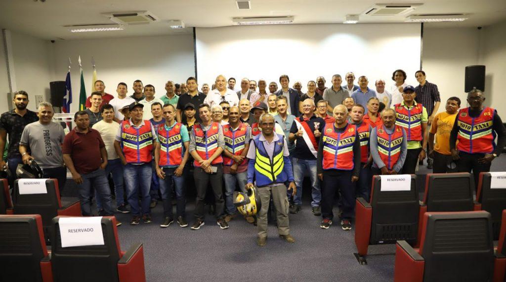 Após a isenção de IPVA, Duarte pedirá redução das taxas de habilitação para mototaxistas